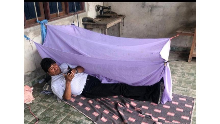 Evo Morales, a bordo de avión de la Fuerza Aérea:Ebrard
