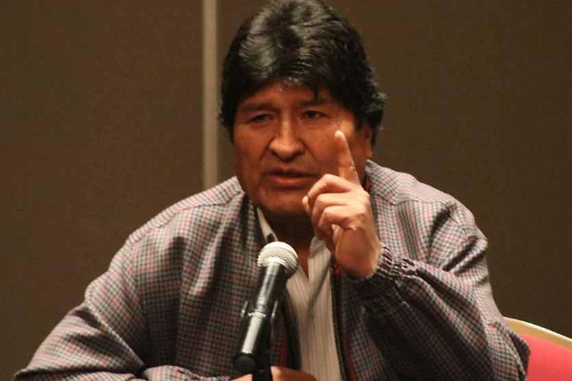 Evo Morales convoca a dirigentes del MAS para definircandidatos