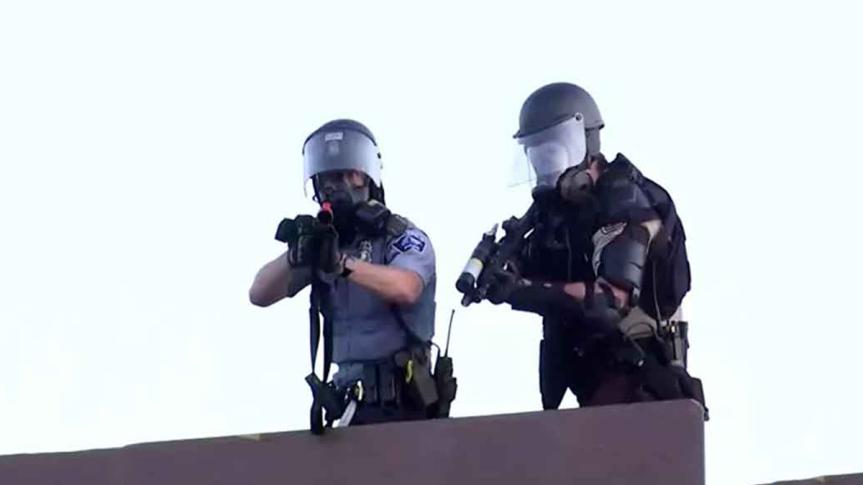 Muestran uso de gas lacrimógeno en EE.UU. contra periodistaruso